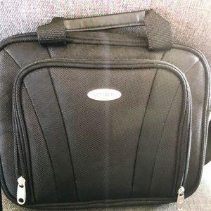 Brand New w/ tag! Samsonite Netbook Computer Case